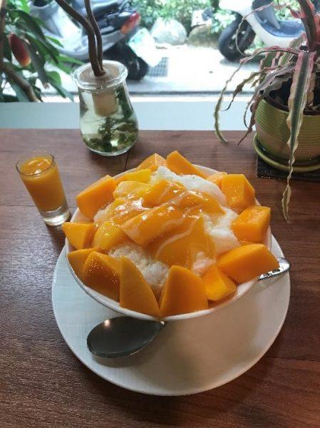 GomanMango ミニサイズのマンゴーかき氷「Mini芒果雪花」(140元)を頼んでみました。