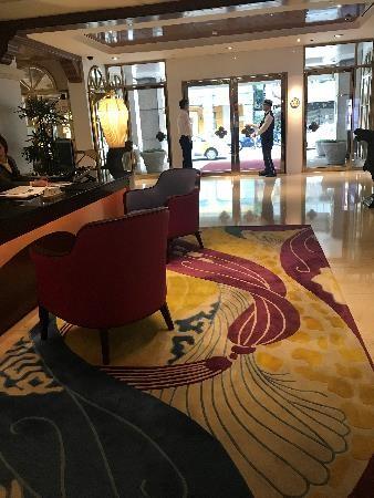 リビエラホテル チェックインカウンター