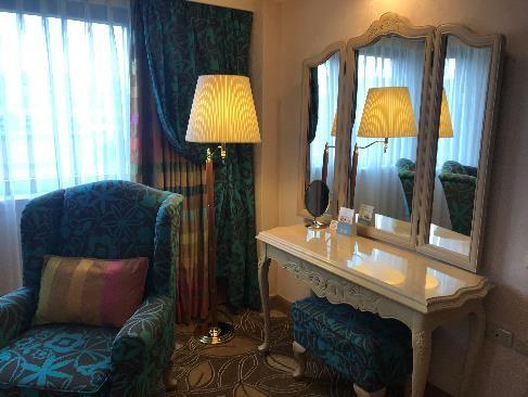 リビエラホテル デラックス・スイートルーム 鏡台