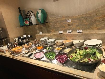 リビエラホテル 朝食 サラダ