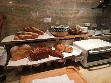リビエラホテル 朝食 パン