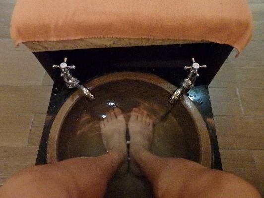 左腳右腳 足湯