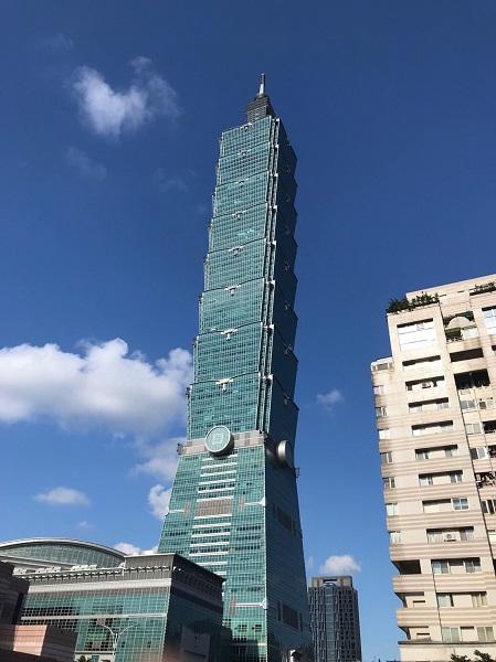 台北101の89階展望台でレゴブロック展開催中!台湾ZINE限定クーポンあり!