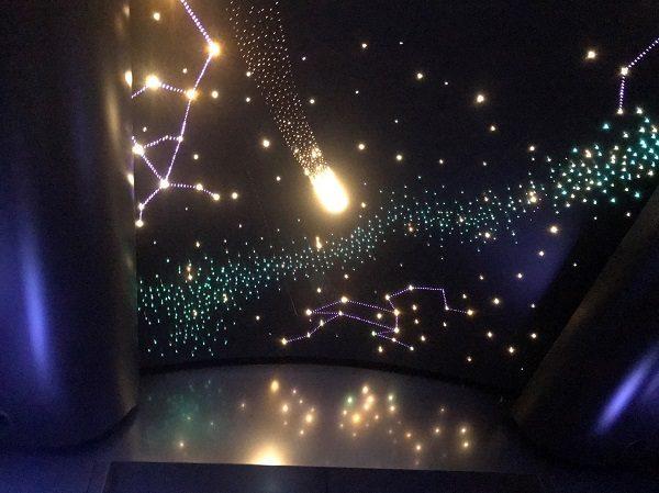 台北101 エレベーターの星空