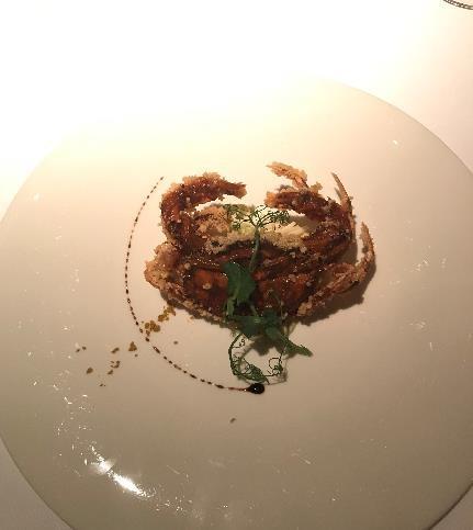 リビエラホテル 地中海牛排館 殻ごと食べられるソフトシェルクラブ