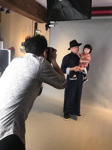 お子さんのチャイナ服が本当にかわいい! 旦那様も映画スターのよう! よくお似合いでした。