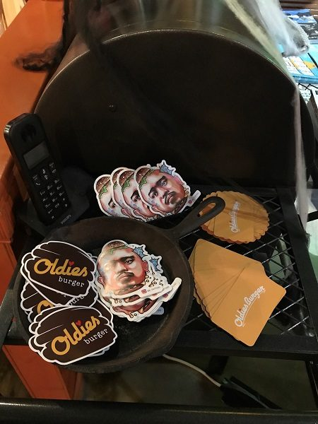 Oldies Burger 新美式文化料理 ステッカー