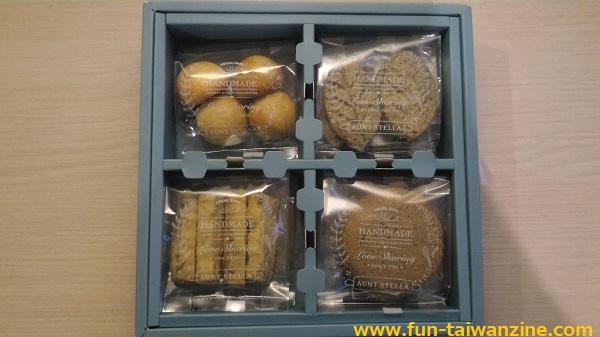 ステラおばさんのクッキー台湾限定 マジョリカタイルクッキーセットの中身