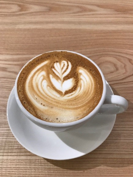 CAFE FUGU Roasters 普通にラテアート