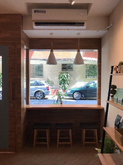 CAFE FUGU Roasters 店内テラス席