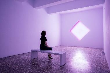 金馬賓館・當代美術館(ALIEN ART CENTRE) 紫の部屋