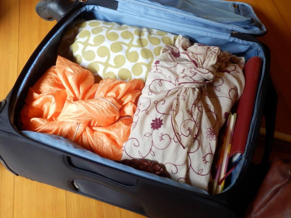 台湾旅行で役立つ風呂敷活用法6選!エコバッグにも盗難防止にもなるよ!