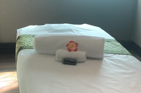 森SPA足体養生会館 エステサロンのようなベッドメイキングが嬉しいですね