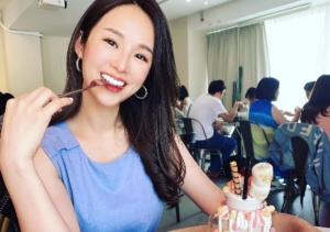 台湾の美人女子アナ 張齡予(三立新聞)